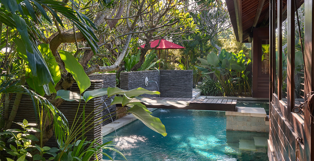 Villa Asta-Villa Asta - Master bedroom plunge pools