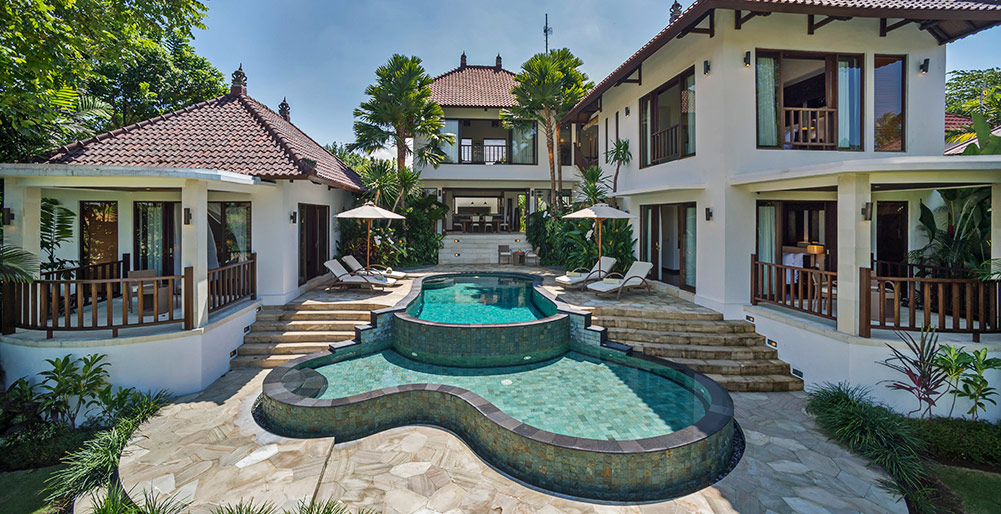 Canggu Terrace - Villa Arza -Villa Arza - The villa and pools