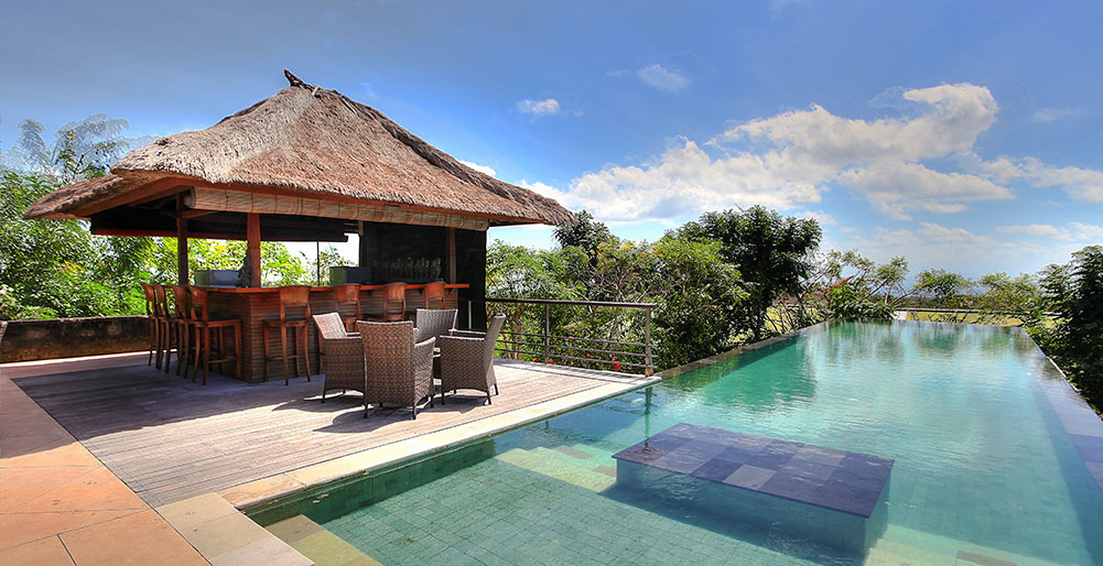 Villa Indah Manis-Indah Manis - Pool and bar
