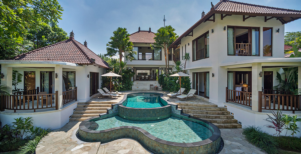 Canggu Terrace-Villa Arza - The villa and pools